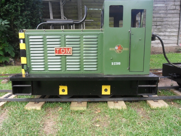 Many thanks for your reply Frank. I have posted a 'want' add now so i'll wait and see if any replies.  Added side view of my loco.