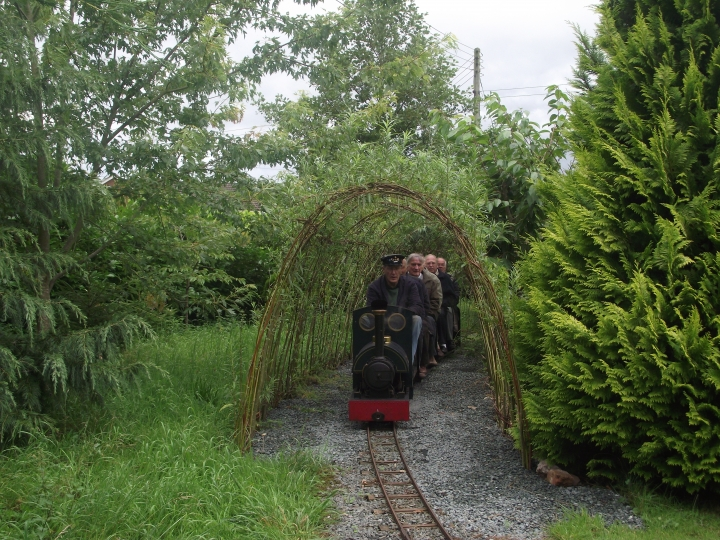Woodseaves Miniature Rly - Bobs Jill leaving Willow Tunnel
