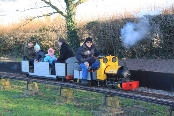 New Year's Day steam up HDMES
