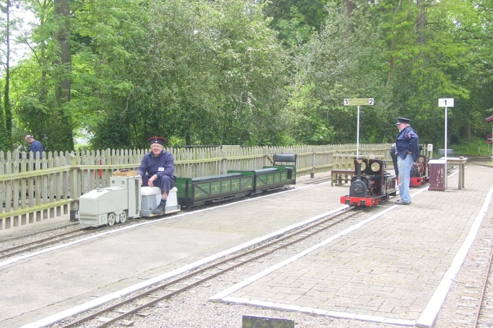 WW1 Deutz Benzolok waiting for passengers at Rainsbrook Valley Railway