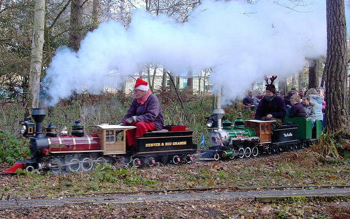 Santa Special at Pinewood (Wokingham) Miniature Railway on December 12th