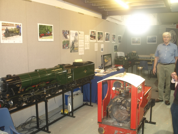 7.1/4 stand at the midlands model engineering show 2011