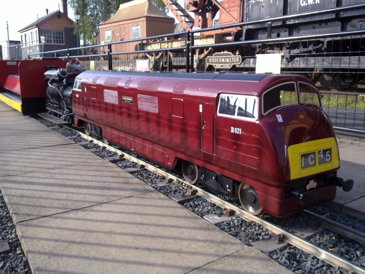 D821 Greyhound at Kidderminster
