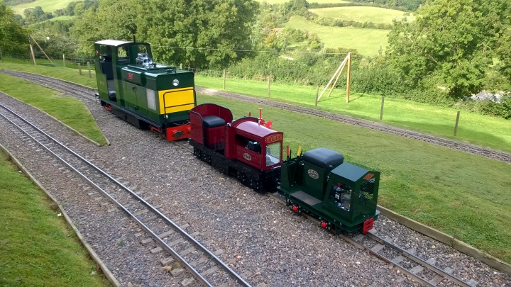 A line up of minimal locos, in all sizes!
